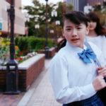 早稲田アカデミーのCMで中学生の芦田愛菜ちゃんが図書室で勉強し屋上で演劇練習しバス停まで走る!